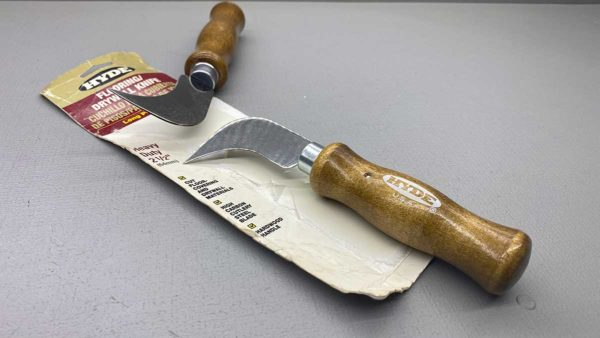 """Hyde USA Flooring & Drywall Knife New Old Stock 7 1/2"""" Long with a 2 1/2"""" Blade"""