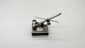 """Brown & Sharpe Surface Gauge 4"""" Long In good Condition"""