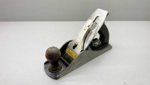 Stanley No 4 1/2 Bench Plane In Good Condition Made In England Good Length To Cutter