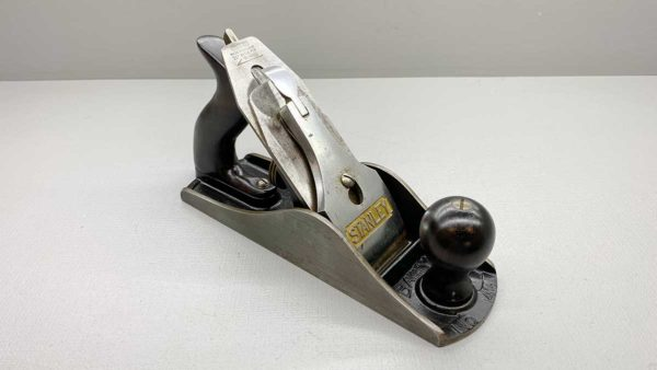 Stanley Bailey No 4 1/2 Bench Plane Made In England Great Tote and Knob Nice Clean Example