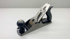 Stanley No 4 Bench Plane Made In USA Plastic Tote & Knob In Good Condition OM