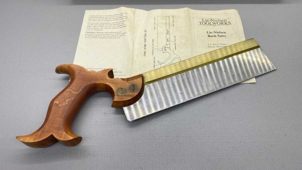 Lie Neilson Tapered Dovetail Saw 15 PPI RIP Looks Hardly Used IOB