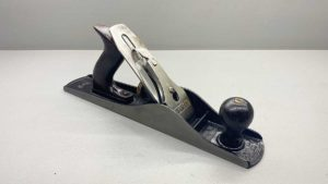 Stanley Bailey No 5 Bench Plane Great Tote and Knob In good Condition