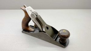 Stanley Bailey No 4 Bench Plane Pat'd with a good length stanley rule and level Cutter