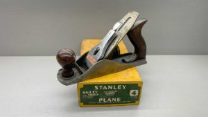 Stanley No 4 Bench Plane Good Tote & Knob In Original Box A Nice Example