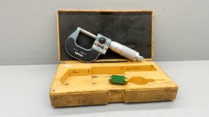 "Mitutoyo Digital Micrometer No 193-211 0-1"" - .0001"" In Good Condition"