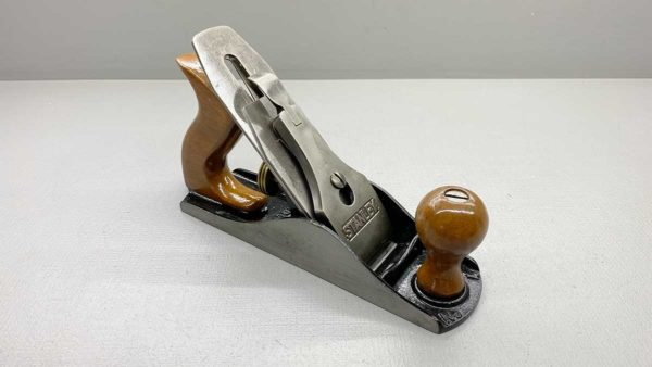 Stanley No 4 Bench Plane Made In England Great Matching Tote and Knob Good length to cutter