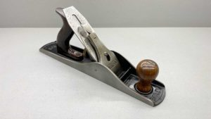 Stanley Bailey USA No 5 Bench Plane Great Tote and Knob Good length to cutter In Top Condition One Of My Best...