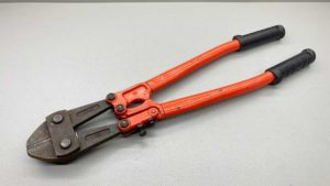 "18"" or 450mm Bolt Cutters In Good Condition"