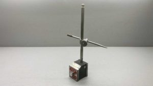 Starrett No 657 Magnetic Base With Pointer
