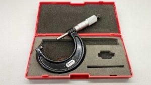 """Starrett USA T4361XRL-2 Micrometer IOB Size 1-2"""""""