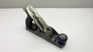 Union No3 Smoothing Plane with a well Repaired Tote, these are similar to the Stanleys