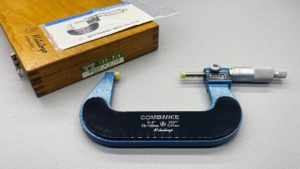 """Mitutoyo 4""""/100mm Micrometer In Original Box In As New Condition"""