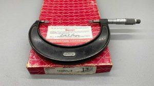 """Starrett No 486 3 To 4"""" Blade Micrometer"""